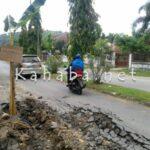 Jalan Gatot Soebroto Rusak, Pemerintah Diminta Peduli