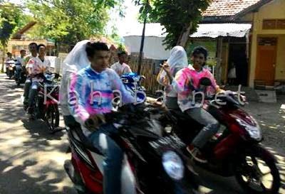Konvoi siswa usai kelulusan. Foto: Deno