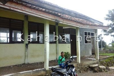 Salah satu sekolah di Kecamatan Tambora. Foto: Ady