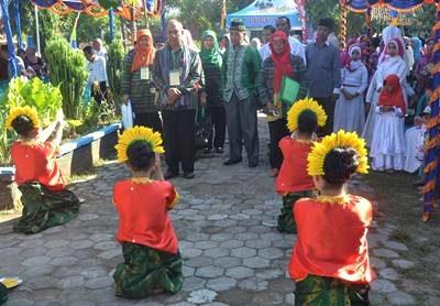 Tim penilai Lomba Kelurahan. Foto: Hum