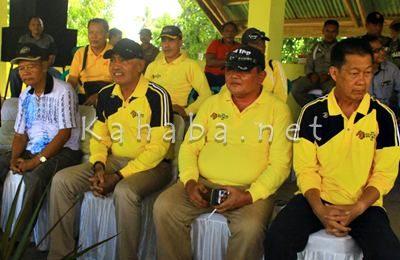 Wabup Bima bersama Ketua Pordasi Kabupaten Bima. Foto: Deno