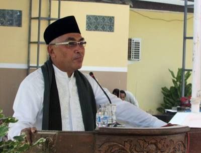 Wakil Bupati Bima Dahlan M. Noer saat menyampaikan sambutan acara Isra' Mi'raj. Foto: Hum