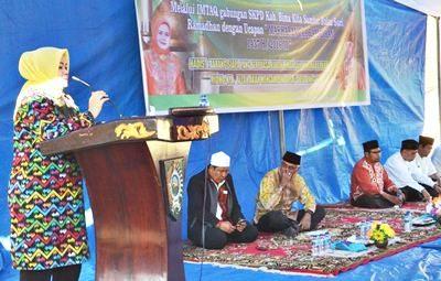 Bupati Bima saat menyampaikan sambutan pada Imtaq Gabungan. Foto: Hum