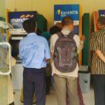 ASN Cek Gaji 13 dan 14, Mesin ATM Sesak