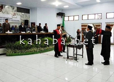 Muhammad dilantik jadi Wakil Ketua DPRD Kabupaten Bima. Foto: Deno
