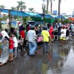 Meski diguyur Hujan, Pasar Takjil Tetap Ramai