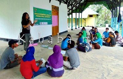 Sekolah Jurnalisme Warga di Pesanggrahan Uma Nae Desa Oi Bura Tambora. Foto: Ady