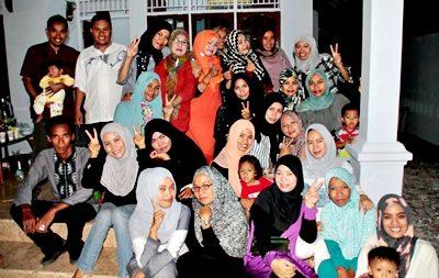 Suasana Reuni SMUNSARA Alumni 2002. Foto: Raka Mariko II (Facebook)