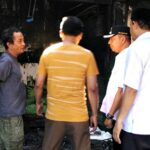 Wawali Kunjungi Lokasi Kebakaran dan Masyarakat yang Sakit
