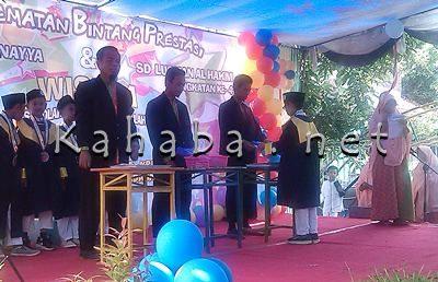 Wisuda KB TK Yaa Bunayya dan SD Lukman AL Hakim. Foto: Eric