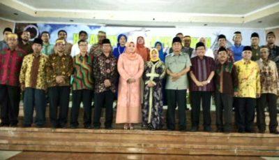 Foto bersama Bupati Bima dan pengurus RKB. Foto: Rangga