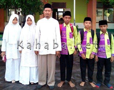 Lima Siswa MTsN 1 Kota Bima yang ikut MTQ Tingkat Nasional dan Kompetisi Sains Madrasyah. Foto: Eric