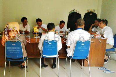 Pertemuan Komisi III dengan SKPD terkait membahas soal Tower di Sarae. Foto: Bin