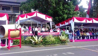 Suasana Pawai Ta'aruf MTQ ke-XXVI Tingkat Nasional di Mataram. Foto: Eric