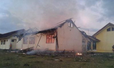 Kondisi SMPN 3 Tambora yang terbakar. Foto: Fanny Ferlina (Facebook)