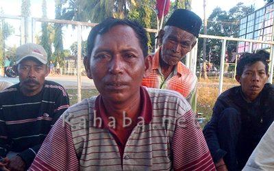 Kepala Desa Oi Katupa Kecamatan Tambora, Muhidin. Foto: Bin