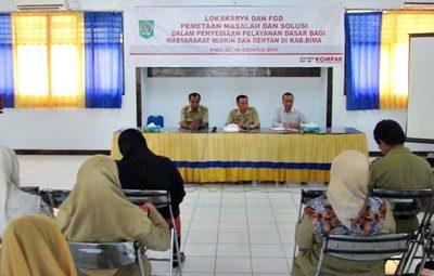 Lokakarya dan FGD Pemetaan Masalah Dalam Penyediaan Layanan Dasar tingkat Kabupaten Bima. Foto: Hum