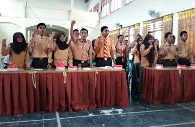 Pelajar saat mengikuti pendidikan pemilu yang digelar KPU Kota Bima. Foto: Dok. KPU Kota Bima