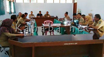 Pembahasan finalisasi draf pokja desa tertinggal. Foto: Ady