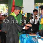 273 Mahasiswa Komunikasi dan Administrasi Negara STISIP Diwisuda