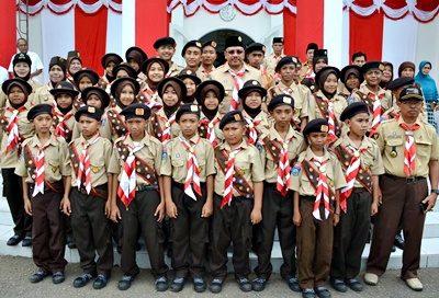 Walikota Bima bersama peserta Jambore Nasional ke-X. Foto: Hum