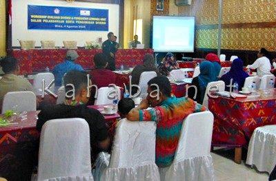 Workshop Evaluasi Diversi dan Penguatan Lembaga Adat di Hotel Mutmainnah. Foto: Ady