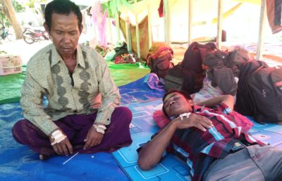 Kondisi warga Desa Oi Katupa di Eks Kantor Bupati Bima. Foto: Deno
