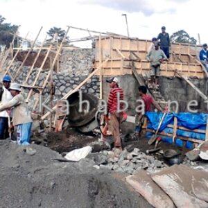 Pembangunan Jembatan Desa Oi Bura Terus Digenjot