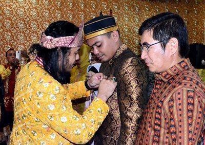 Pelantikan Ikatan Cendikiawan Keraton Nusantara (ICKN) wilayah NTB. Foto: Hum