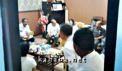 Pertemuan Komnas HAM RI di ruang rapat Bupati Bima. Foto: Ady
