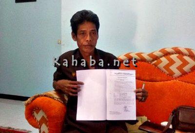 Plt. Kepala SDN Inpres Talabiu Junaidin. Foto: Bin