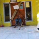 Kantor Desa Ncandi Disegel Warga