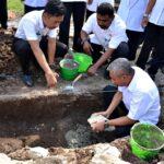 Wawali Bima Letakkan Batu Pertama Pembangunan RKB SDN 39