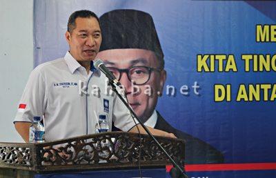 Anggota DPR RI H. H. Muhammad Syafrudin saat menyampaikan sambutan pada acara Muscab PAN Kota Bima. Foto: Bin