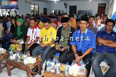 Ketua DPD PAN Kota Bima Feri Sofiyan saat menyampaikan sambutan pada acara Muscab ke-IV. Foto: Bin