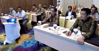 DPRD Kota Bima saat Bimtek tentang Teknis Pedoman Penyusunan APBD tahun 2017. Foto: Dok. Humas DPRD Kota Bima