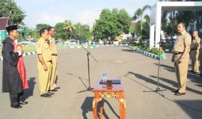 Walikota Bima saat menyampaikan sambutan pada Apel pagi. Foto: Bin