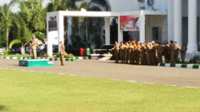 Sekda Kota Bima HM. Rum saat menyampaikan pidato terakhir. Foto: Bin