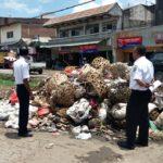 Sampah Numpuk, Kepala Dishubkominfo Marahi Pegawai UPT. Terminal Tente