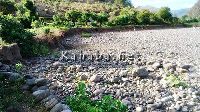 Kondisi sawah di So Tolo Na'e Desa Sampungu yang mulai habis digerus banjir. Foto: Noval