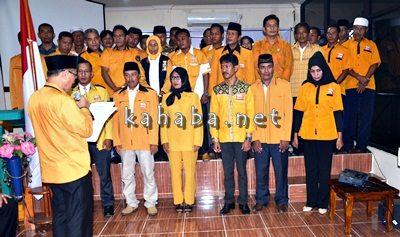 Pengurus Partai Hanura Kota Bima dan Kabupaten Bima saat dilantik. Foto: Bin