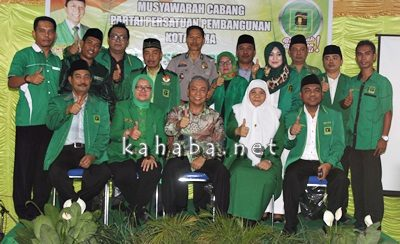 Pose bersama usai Muscab PPP Kota Bima. Foto: Bin
