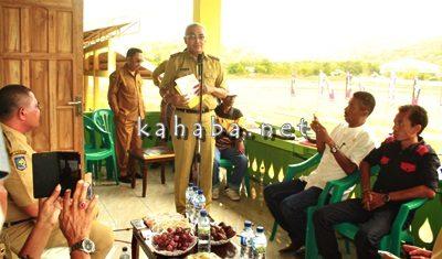 Wakil Bupati saat menyampaikan sambutan pada saat pembukaan pacuan kuda tradisional. Foto: Deno