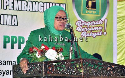 Wakil Ketua Komisi IX DPR RI, Ermalena  saat menyampaikan sambutan pada Muscab DPC PPP Kota Bima. Foto: Bin