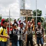Warga Mande: Tidak ada Diplomasi, Tower Harus Dibongkar