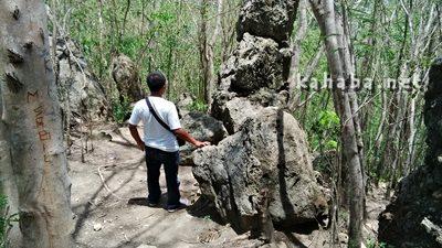 Warga saat mengunjungi obyek wisata Wadu Ntanda Rahi. Foto: Bin
