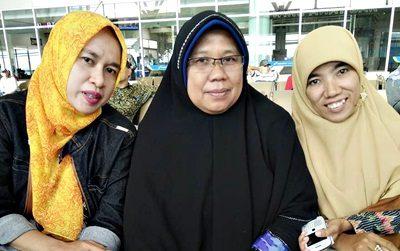 Yanti Kusnadi (tengah). Foto: Dok. Yanti Kusnadi