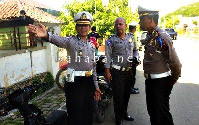 DirLantas Polda NTB saat memantau KTL di Kota Bima. Foto: Deno