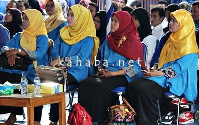 Jajaran dosen STIE Bima saat mendengarkan pemaparan Kopertis Wilayah VIII. Foto: Bin