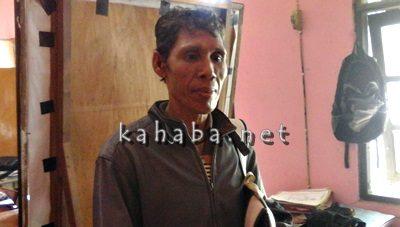 Muhtar warga Palibelo saat hadir di ruangan Sat Reskrim Polres Bima Kota. Foto: Deno